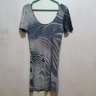 Kamiseta Limited Edition Short Fitted Dress