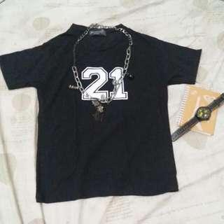 Black tshirt jewels 21