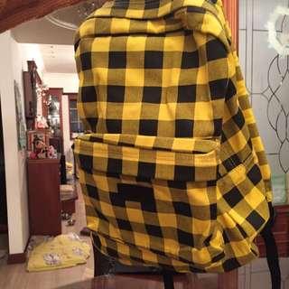 NCAA帆布後背包