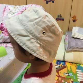 免費贈送幼兒卡其色休閒帽