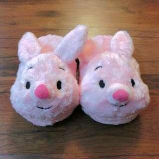 含運 可愛 冬天 室內拖鞋 小熊維尼 小豬 迪士尼 絨毛拖 正版 (含運 限全家店到店取貨 男女大人皆可穿)