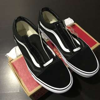 (Reserved) Authentic Vans Old Skool Black