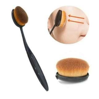 Oval Blending Brush