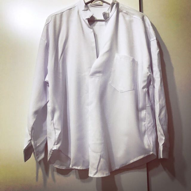全新白色襯衫