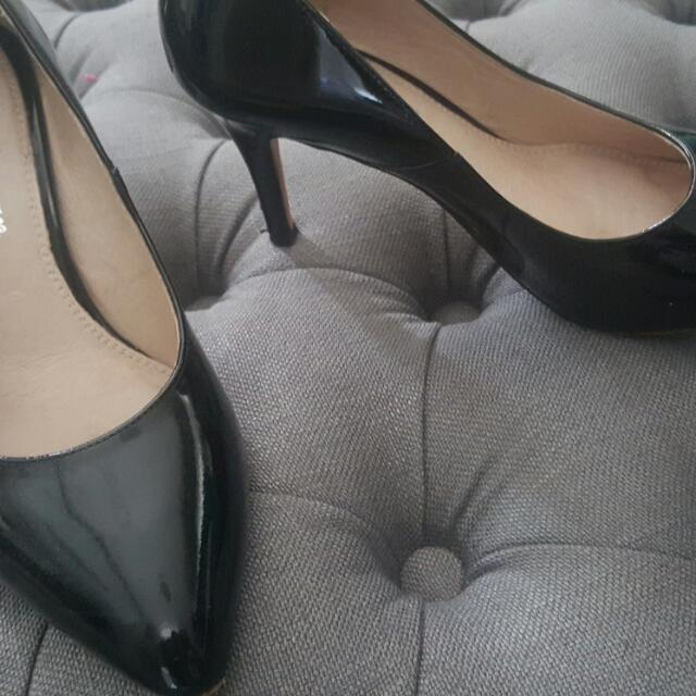 Almost Brand New (Worn Once) Black Patent Pointed Heels Size 37