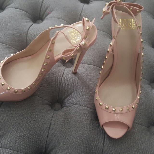 AS NEW Material Girl Brand Patent Nude/Dusty Pink Peeptoe Heels Size 7
