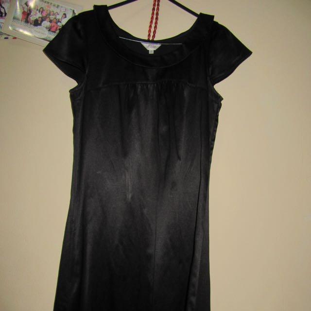 Black Dress Gaudi