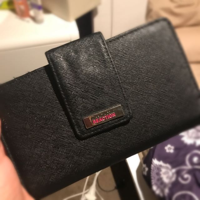 Kenneth Cole Reaction Branded Wallet