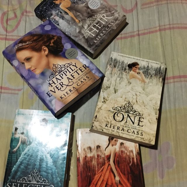 Kiera Cass' set Of Books