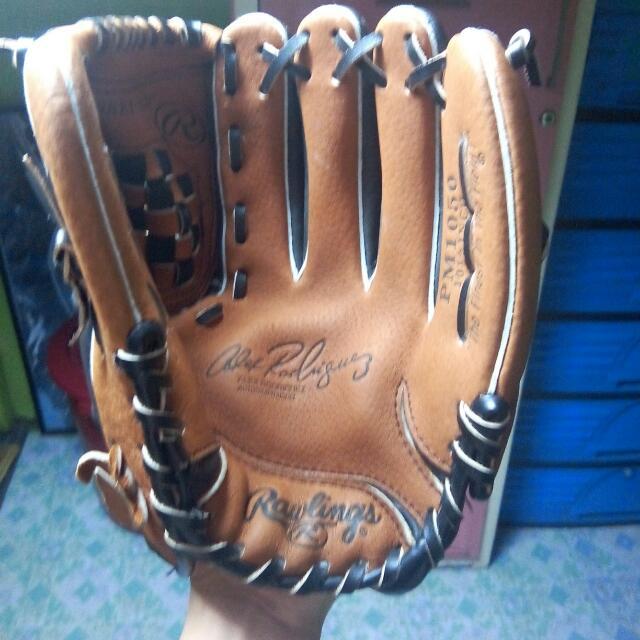 Left Baseball Gloves/Mittens