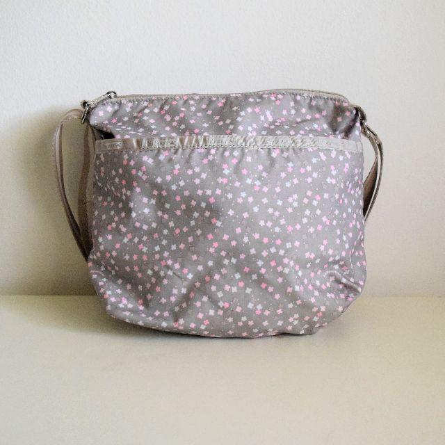 [FREE POSTAGE] Lesportsac Floral Sling Bag