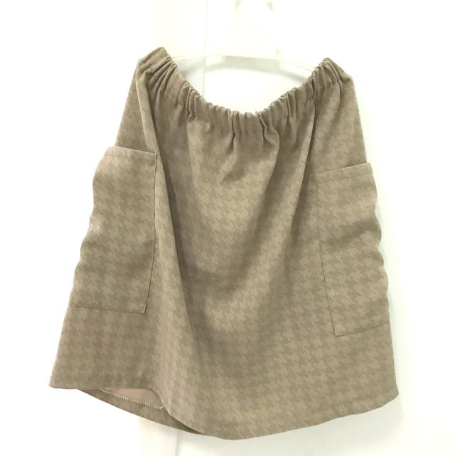 Light Brown Houndstooth Skirt (with pockets)