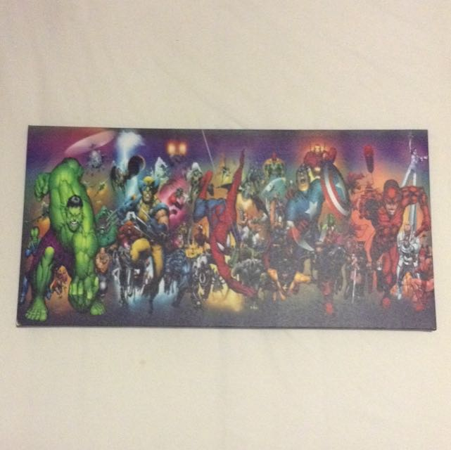 MAKE AN OFFER: Marvel Superhero Canvas