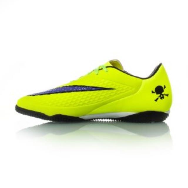 a417f3852 Nike Hypervenom Futsal Boots, Sports, Athletic & Sports Clothing on  Carousell