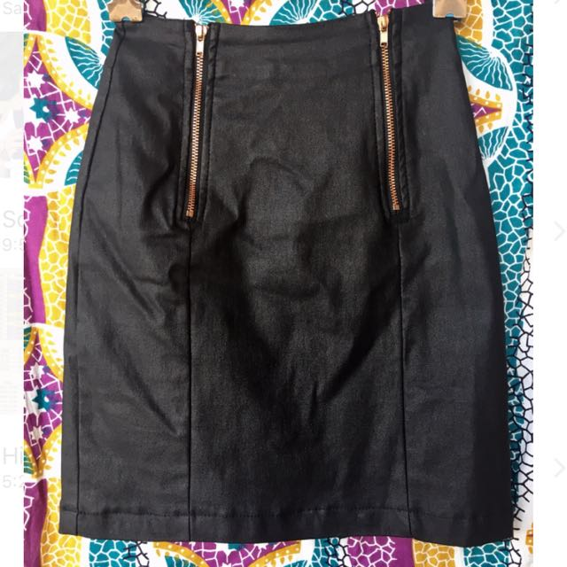 Noughts & Crosses Faux Leather Skirt / 6