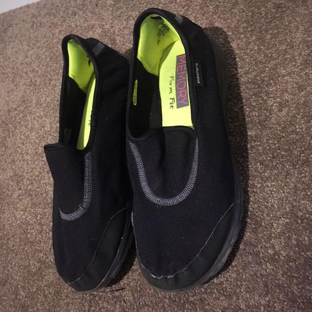 Skechers (memory Foam)