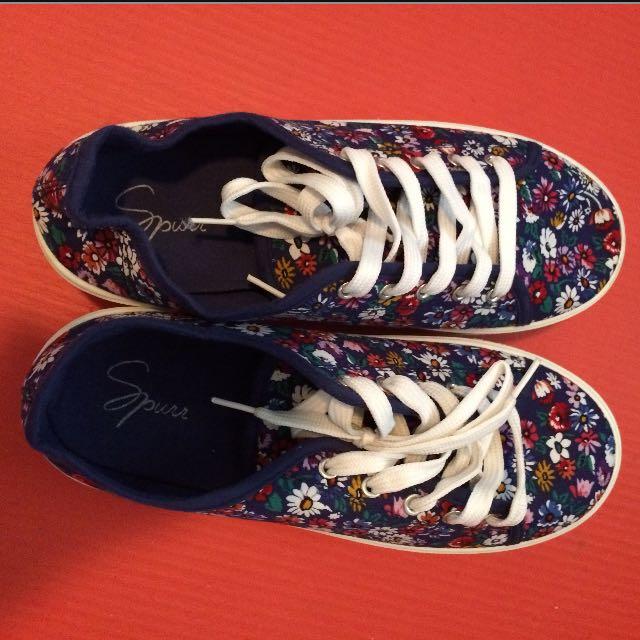 Spur Sneaker Snows