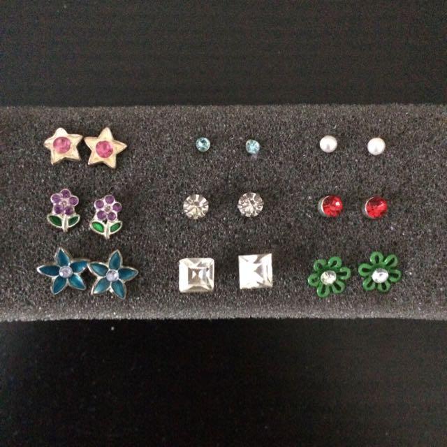 Studs/earrings