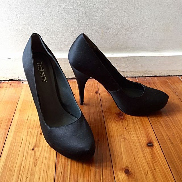 THERAPY | Black Silky Pumps: Size 8