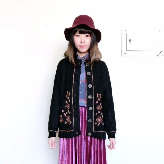 Vintage古著🔹毛線勾花黑色針織毛衣長袖外套
