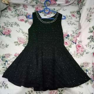 Minni Dress Hitam