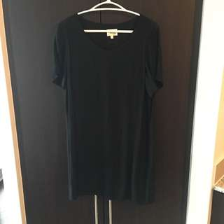 Aritzia - Wilfred Free - Black T-Shirt Dress