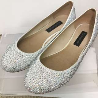 Forever New Bedazzled Flats Size 38