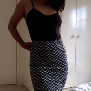 American Apparel Houndstooth Pencil Skirt
