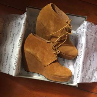 Isabella Anselmi Brand New Suede Boots!