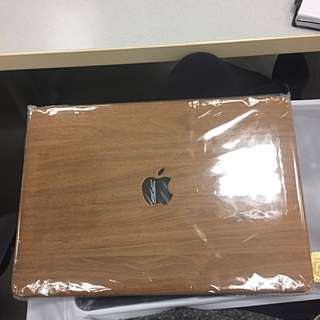 Trendy Wooden MacBook Case