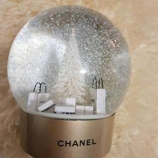 Chanel Christmas GLOBE