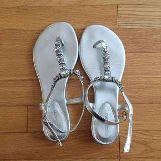 Le Château Silver Sandals