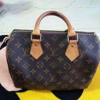 LV Preloved Bag Speedy 25