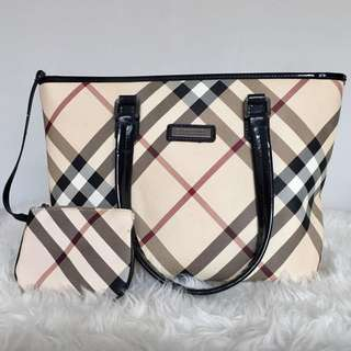 Burberry Thailand ( Not Authentic)