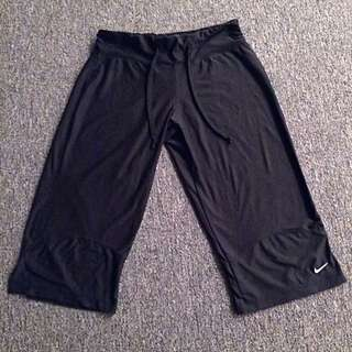 Nike Flood Capri Pants