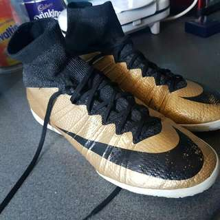 Nike Indoor Soccer Boots