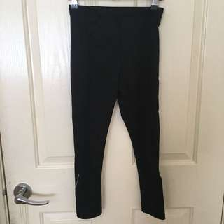 Black Lorna Jane Size XS 3/4 Tights