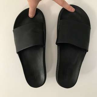 ALEXANDER WANG X H&M LEATHER SLIDES SIZE 44