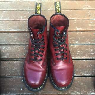Dr Martins Cherry Red 8eye Boots