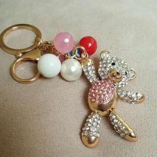 拿氣球小熊水鑽吊飾鑰匙圈