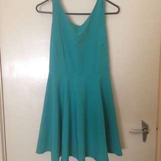 Vintage Teal Dress With Bow Detail on the Back