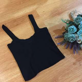 New: Black Knitted Crop Top