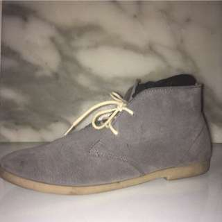 Kustom Men's Grey Suede Dress / Jeans Shoes