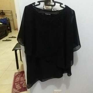 Blouse With Payet