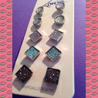 Sparkly Stud Earrings - Lovisa