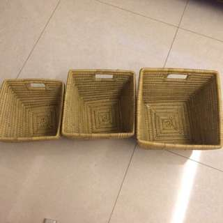 3 nested baskets