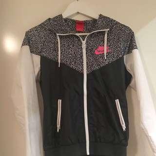 Nike Weather Proof Jacket Size Small