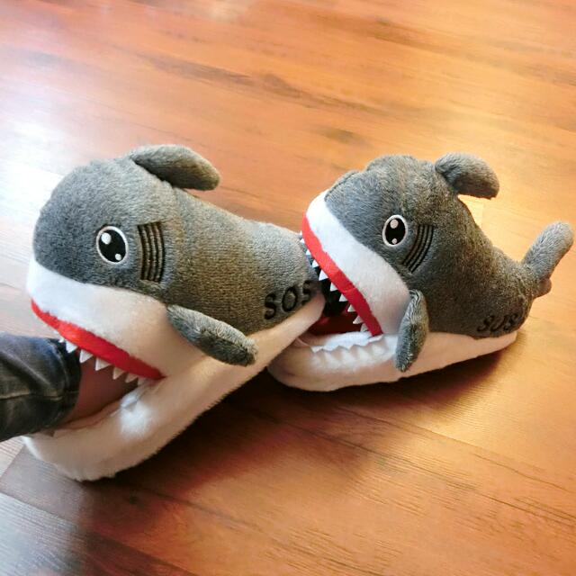 含運 保暖 動物 冬天 室內拖鞋 鯊魚 絨毛拖 正版 (全家店到店取貨付款 男女大人皆可穿)