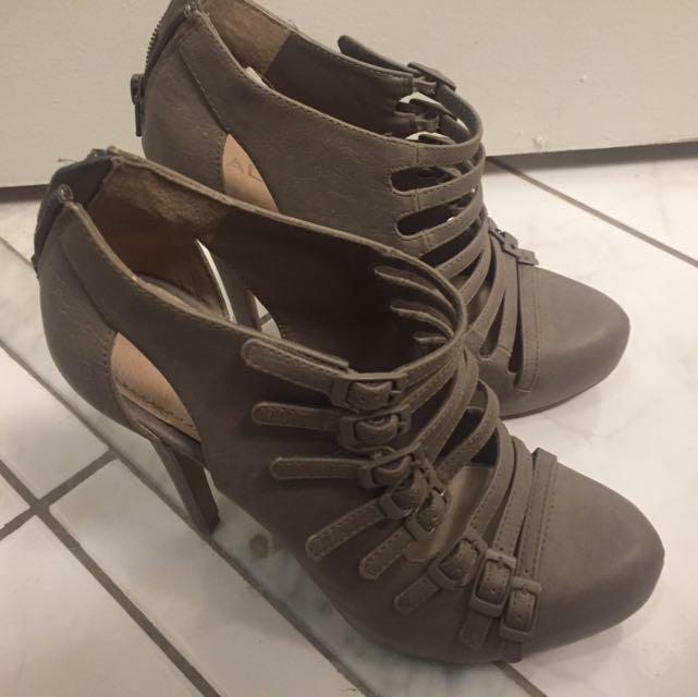 Aldo - Beige Heels