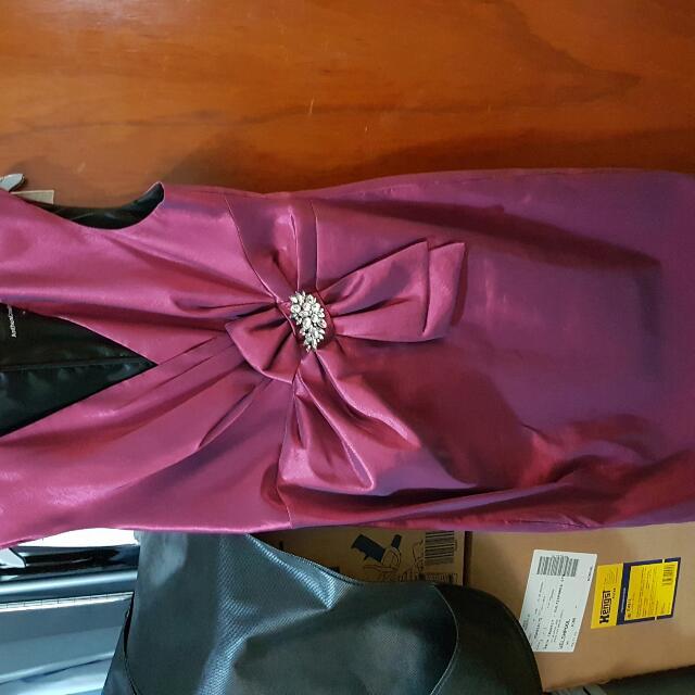 ANTHEA CRAWFORD Maroon Taffeta Dress